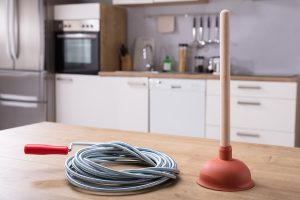 What You Should Have In Your Plumbing Emergency Toolkit