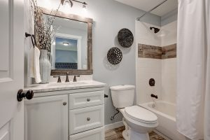 4 Signs It's Time To Update Your Bathroom Plumbing