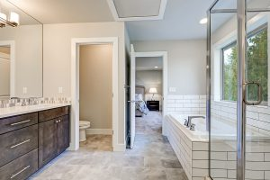Three Tips For Picking Out Bathroom Cabinets