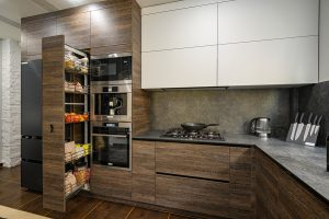 Crofton Cabinet Contractors Can Optimize Cabinet Space